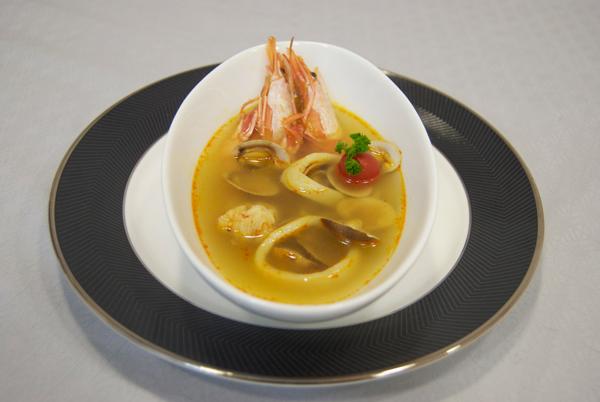 Sopa de marisco con ñoras